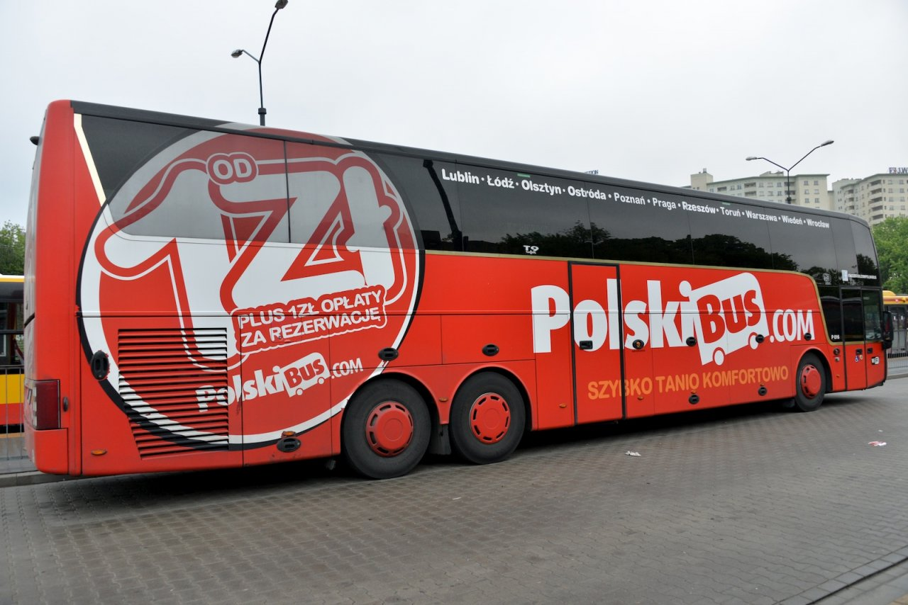 Arrivée à Varsovie en Bus
