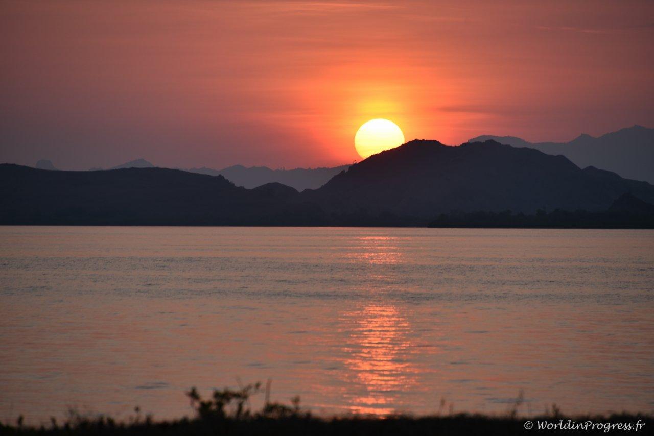 Coucher de soleil au Myanmar